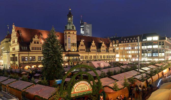 Die ersten Weihnachtsmärkte starten schon.