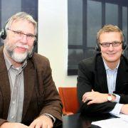 Die Experten am Telefon: Dr. Hans-Martin Reuter (li.) und Dr. Elmar Jaeckel.