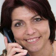 Die Expertin am Telefon: Patientenbotschafterin Anja Zeipelt.