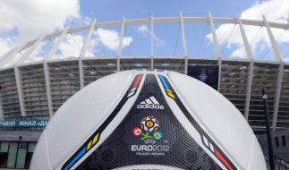 Die Forderungen nach einem Boykott der Fußball-EM in der Ukraine laufen ins Leere. Jetzt hat die UEF (Foto)