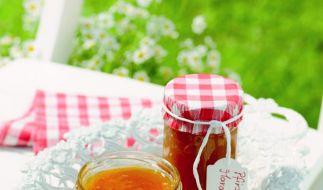 Die leckersten Herbstfrüchte sind die perfekte Basis für selbstgemachte Marmelade - mit einigen Tricks schaffen das auch Einkoch-Neulinge. (Foto)