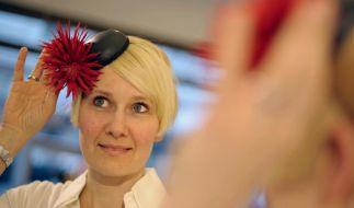 Die Hutmacherin - Rike Feurstein entwirft Kopfschmuck (Foto)