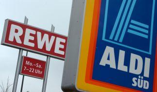 Die Mehrheit der Deutschen setzt mittlerweile auf Qualität - Discounter wie Aldi müssen sich dem veränderten Konsumverhalten anpassen und orientieren sich zunehmend an klassischen Supermärkten wie Rewe. (Foto)