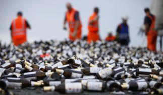 Die meisten Flaschen würden eine Atombombe überleben. (Foto)