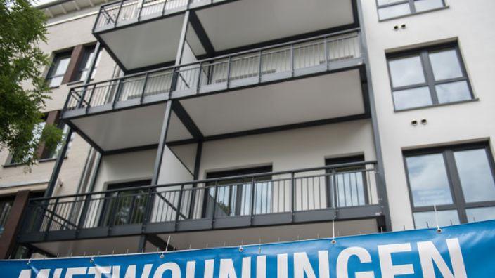 Die Mieten in Deutschland steigen immer mehr an. (Foto)
