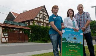 Die Mobile Beratung in Thüringen (Mobit) setzt sich für ein buntes Kirchheim ein - und will mit Busreisen für das Problem «Brauner Häuser» sensibilisieren. (Foto)