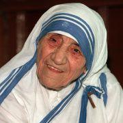 Darum wurde Mutter Teresa vom Papst heilig gesprochen! (Foto)