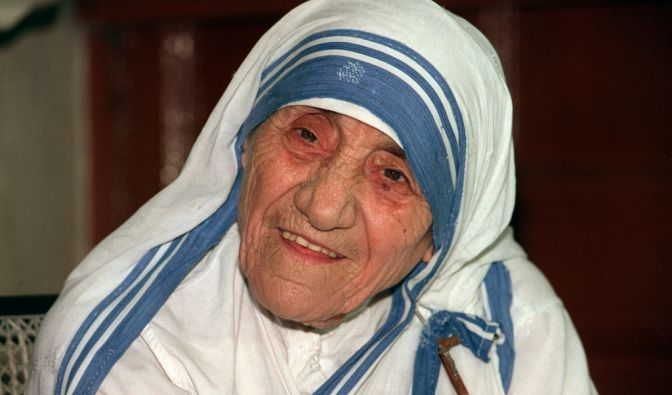 mutter teresa darum wurde mutter teresa vom papst heilig gesprochen newsde