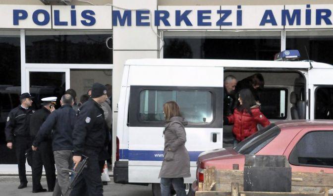 Die Passagiere der gekaperten Fähre sind wieder an Land. (Foto)