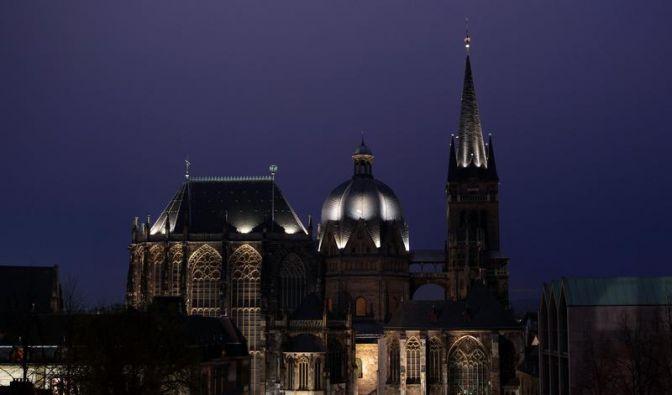 Die perfekte Geometrie des Aachener Doms (Foto)