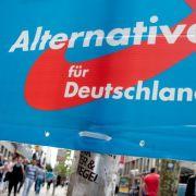 Die umstrittenen Plakate waren kurzzeitig verschwunden, bis sie am Samstag erneut angebracht wurden. (Foto)