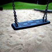 Die Polizei sucht nach einem bislang unbekannt Mann, der ein Mädchen von einem Spielplatz in Thüringen entführt haben soll. (Foto)