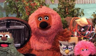 Die Puppen-Stars Rumpel, Samson, Finchen, Eule Buh und Tiffy (v.l.): Am 8. Januar 1973 wurde die erste «Sesamstraße»-Folge mit deutschen Figuren gezeigt. (Foto)