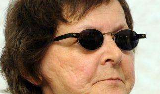 Die ehemalige RAF-Terroristin Verena Becker wurde im Gerichtssaal des Oberlandesgerichts in Stuttgart verureilt. (Foto)
