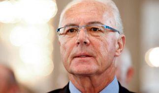 Die Rolle von Franz Beckenbauer ist weiter dubios. (Foto)