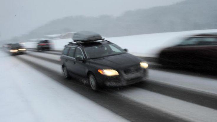 skier im auto transportieren mit diesen tipps gelingt der. Black Bedroom Furniture Sets. Home Design Ideas