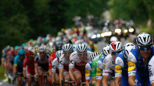 Die Tour de France 2017 startet am 12.07.2017 in der 11. Etappe von Eymet nach Pau.
