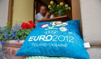 Die Ukrainer hoffen trotz der Negativschlagzeilen und Boykottdrohungen aus dem Westen darauf, dass sich ihre Heimat als Gastgeberland der EM weiter an Europa annähern wird. (Foto)