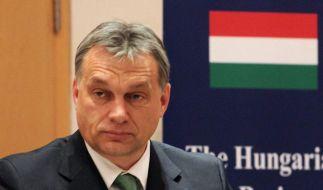 Die Ungarische Regierung - hier Regierungschef Viktor Orban - ehrte Rassisten und Verschwörungstheoretiker mit staatlichen Auszeichnungen. (Foto)