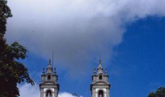 Die Wallfahrtskirche Bom Jesus do Monte in Braga ist ein beliebtes Ziel für Besucher der nordportugiesischen Stadt. (Foto)