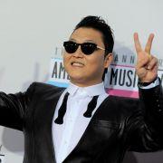 Die ganze Welt tanzt seinen Gangnam Style: Rapper Psy hat es binnen weniger Wochen zum Shootingstar gebracht.