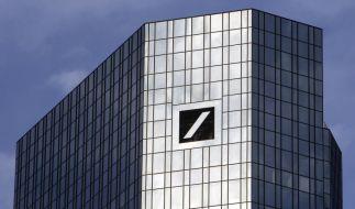 Die Zentrale der Deutschen Bank AG in Frankfurt am Main bleibt vom Stellenabbau weitgehend verschont. (Foto)