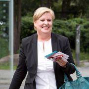 Dieser Auftritt lässt SPD-Abgeordnete Eva Högl gar nicht gut aussehen. (Foto)