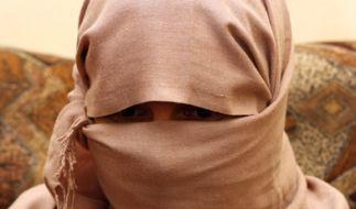 Dieses Bild zeigt eine ehemalige, jesidische Sex-Sklavin, die für ein paar Tausend Dollar verkauft wurde. (Foto)