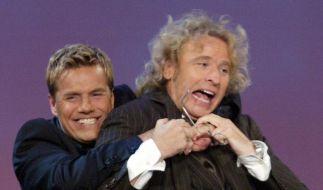 Dieter Bohlen (l.) und Thomas Gottschalk bei «Wetten, dass... ?» 2003. (Foto)