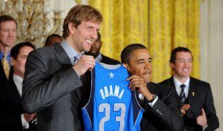 Dirk Nowitzki und Barack Obama (Foto)