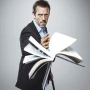 In Sherlock Homes hat die Arztfigur des Dr. Gregory House (Hugh Laurie) eine literarische Vorlage.