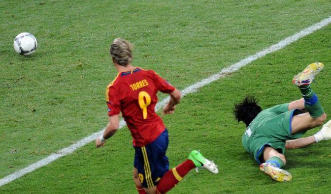 Drei Treffer reichen: «Goldener Schuh» für Torres (Foto)
