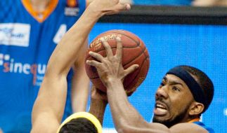 Dru Joyce lenkt Aufbauspiel der Oldenburger Baskets (Foto)