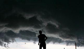 Dunkle Wolken am Himmel: Jan Kluge zeichnet ein düsteres Bild der deutschen Realität. (Foto)
