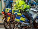 Durch einen fatalen Rechtschreibfehler löste ein 10-jähriger Junge in Großbritannien einen Großeinsatz der Polizei aus. (Foto)