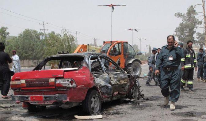 Dutzende Tote bei Taliban-Angriffen (Foto)