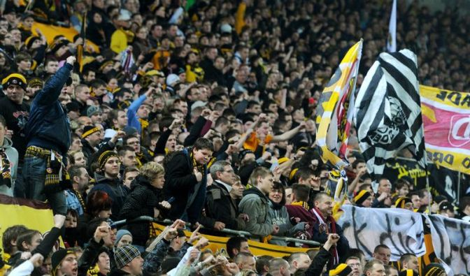 Dynamo Dresden distanziert sich von Gewalttätern (Foto)