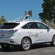 Selbstfahrendes Google-Auto verursacht Verkehrsunfall (Foto)