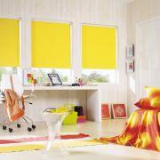 Ein neuer Fensterschmuck in trendigen Farben gibt jedem Raum einen neuen Look.