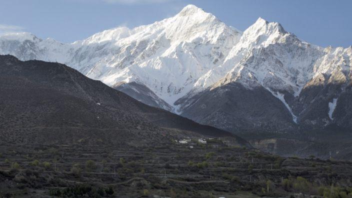 Ein Flugzeug mit 23 Menschen an Bord ist in Nepal abgestürzt. (Foto)
