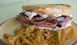 Ein harmloses Sadwich wurde zur Ekel-Falle (Foto)