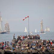 Ein Heer von Segel- und Traditionsschiffen ist bei der Hanse Sail in Rostock zu bewundern.