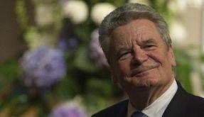 Ein Lächeln auf den Lippen: Bundespräsident Joachim Gauck ist seit 100 Tagen im Amt. (Foto)