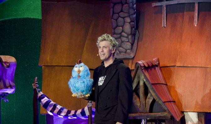 Ein Neuling in Sascha Grammels Puppen-Zoo: das blaue Huhn! (Foto)