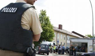 Ein Polizist schoss den 17-jährigen Geiselnehmer in den Oberkörper. (Foto)