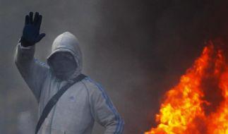 Ein Randalierer während der jüngsten Krawalle in London. (Foto)