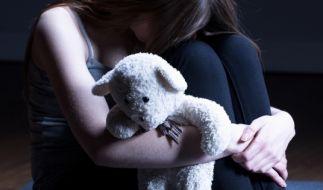 Eine 12-Jährige wurde von ihrer eigenen Mutter für Sex verkauft. (Symbolbild) (Foto)