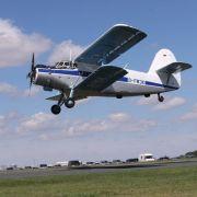 Pilotenfehler! Flugzeug bei Flugschau abgestürzt - 2 Tote (Foto)