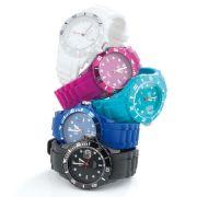 Eine der trendigen Armbanduhren in stylischen Farben könnte bald Ihnen gehören!