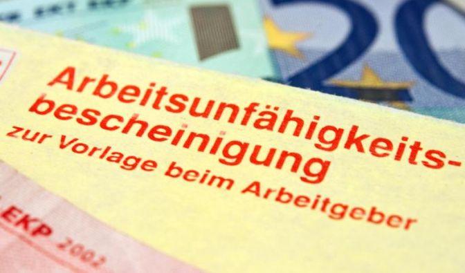 Eine Berufsunfähigkeitsversicherung schützt vor den finanziellen Folgen einer langen Krankheit. (Foto)